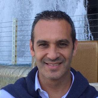 Dr. Dario Niewiadomski